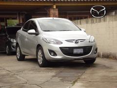 Se Vende: Mazda 2 SEDAN 2,012