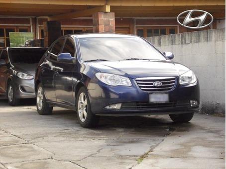 Se Vende: Hyundai Elantra GLS M Modelo 2,011