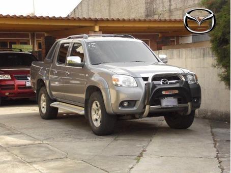 Vendo hermoso Pick up Mazda Bt-50 2,010