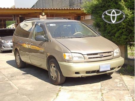 Toyota SIENA XLE 4X2 1,998