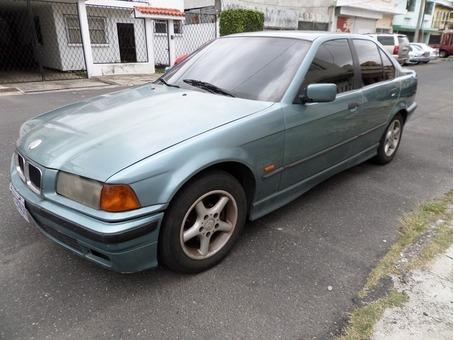 BMW 318I 1997 AUTOMATICO 1.9 4CIL REMATO Q25,000
