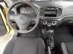 Hyundai Accent 2,010